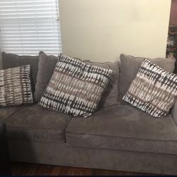 Couch With Fold Out Bed Thumbnail