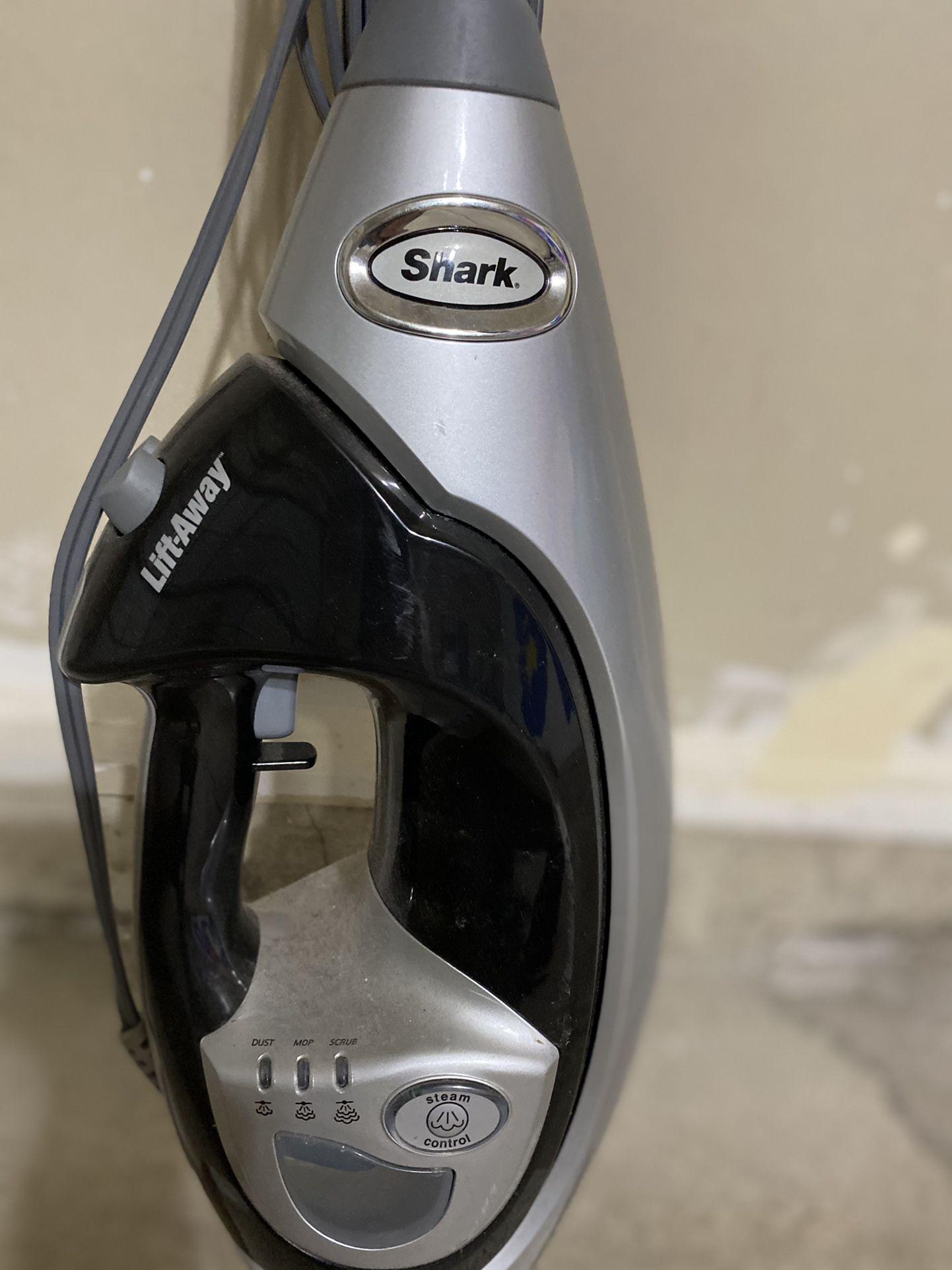 Shark® Lift-Away® Professional Steam Pocket® Mop