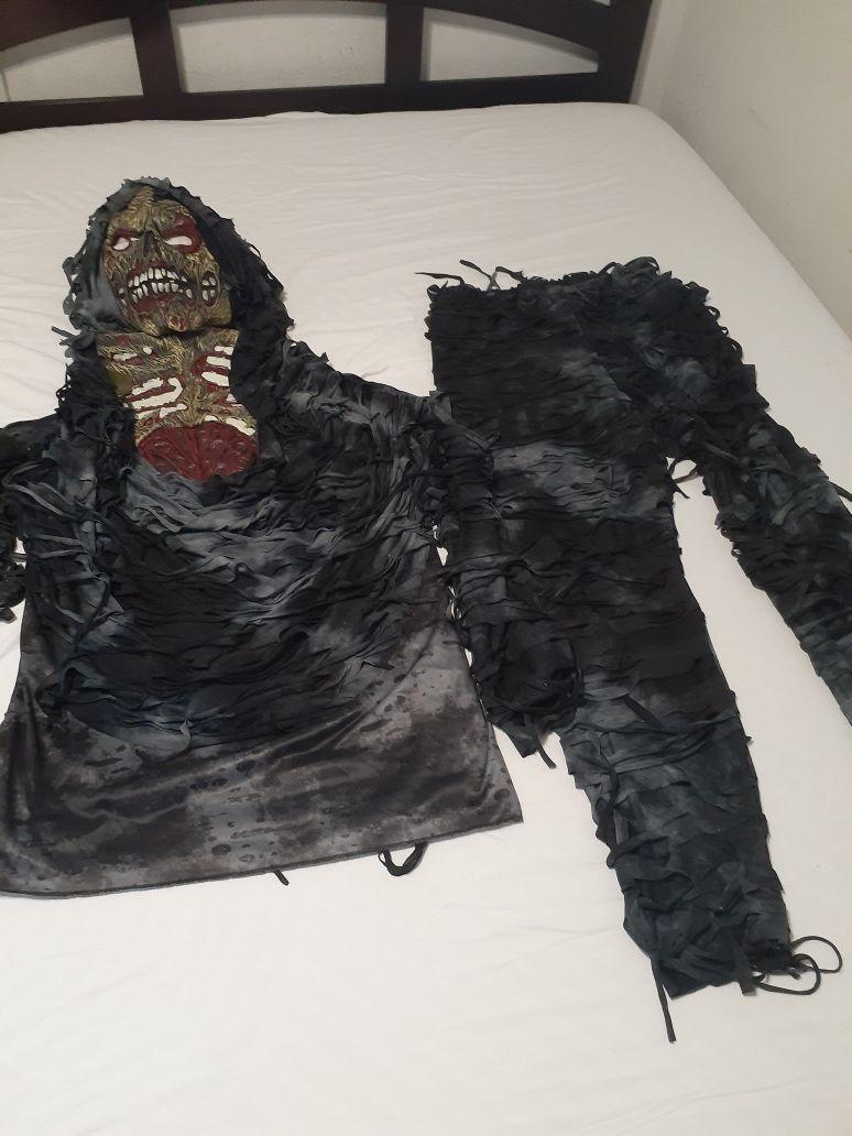 Costumer for Halloween of Women and Men