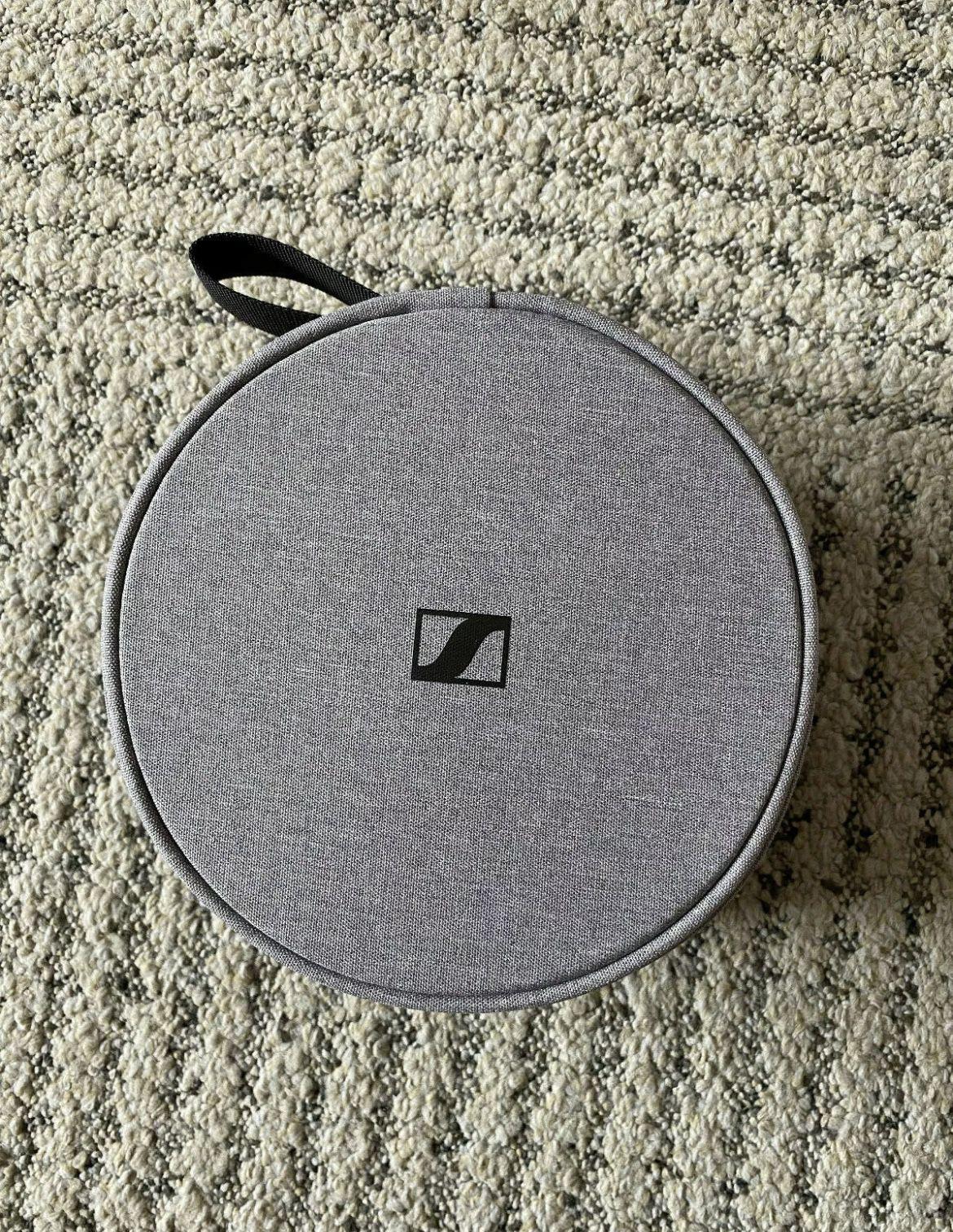 New Sennheiser Over Ear Noise Cancelling Wireless Headphones MOMENTUM 3 - Black