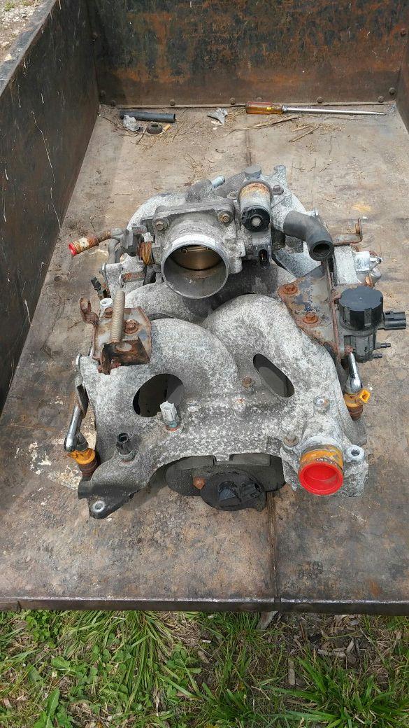 Ford 4.6L Motor, High Mileage, Plus Intake & Throttle Body