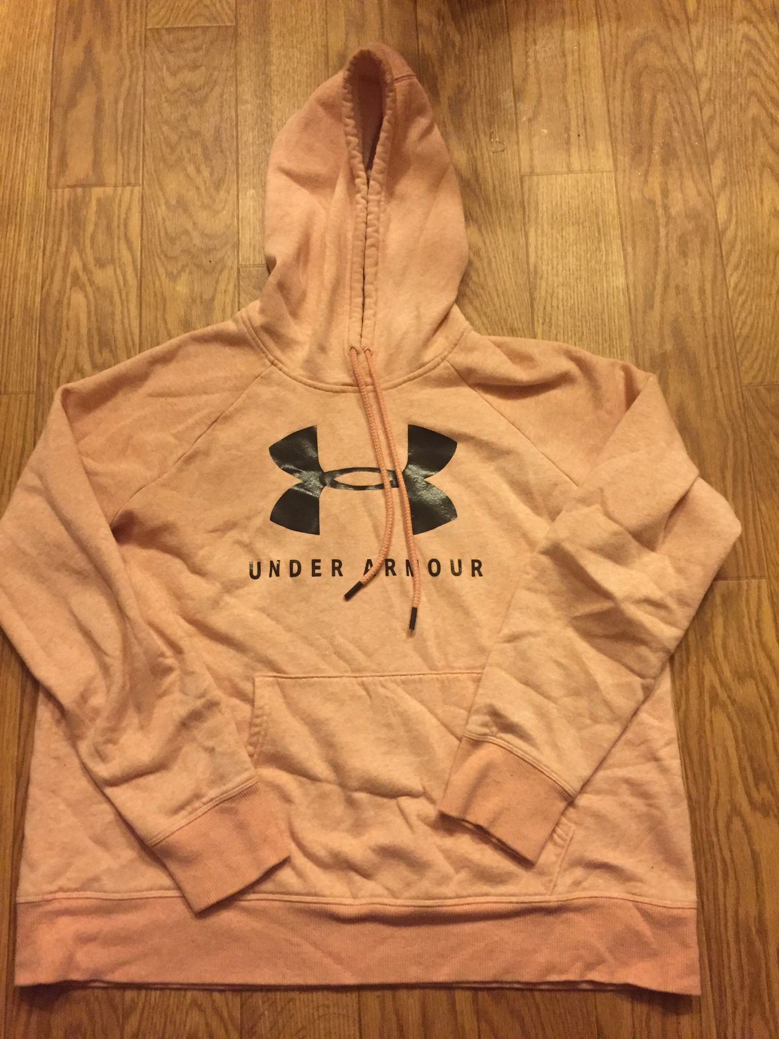 Under Armour Women's Large hoodie