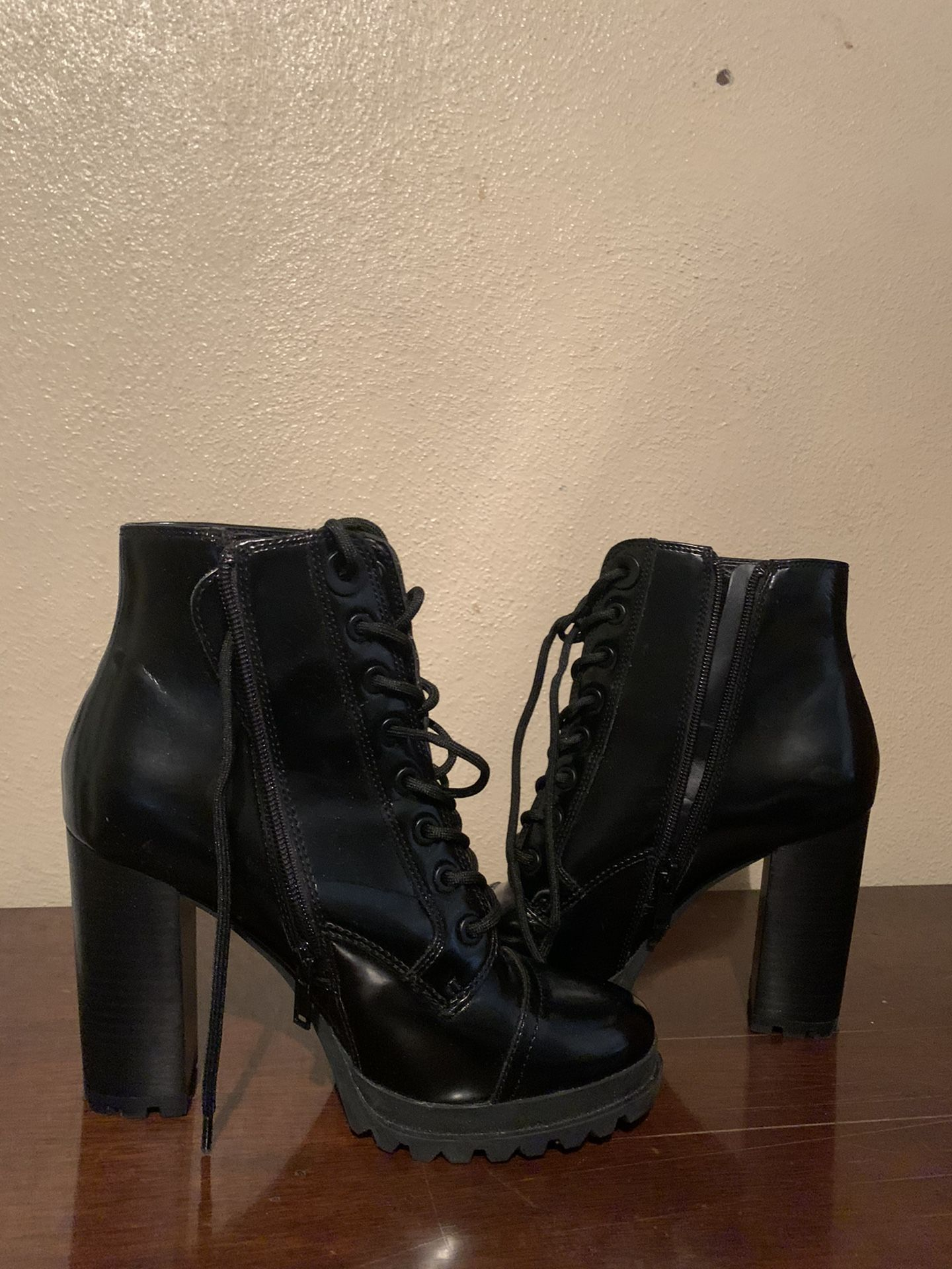 ALDO Glitterati Patches boots