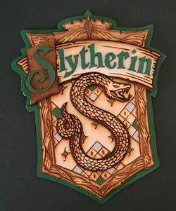 Harry Potter 3D Wood House Crest Thumbnail
