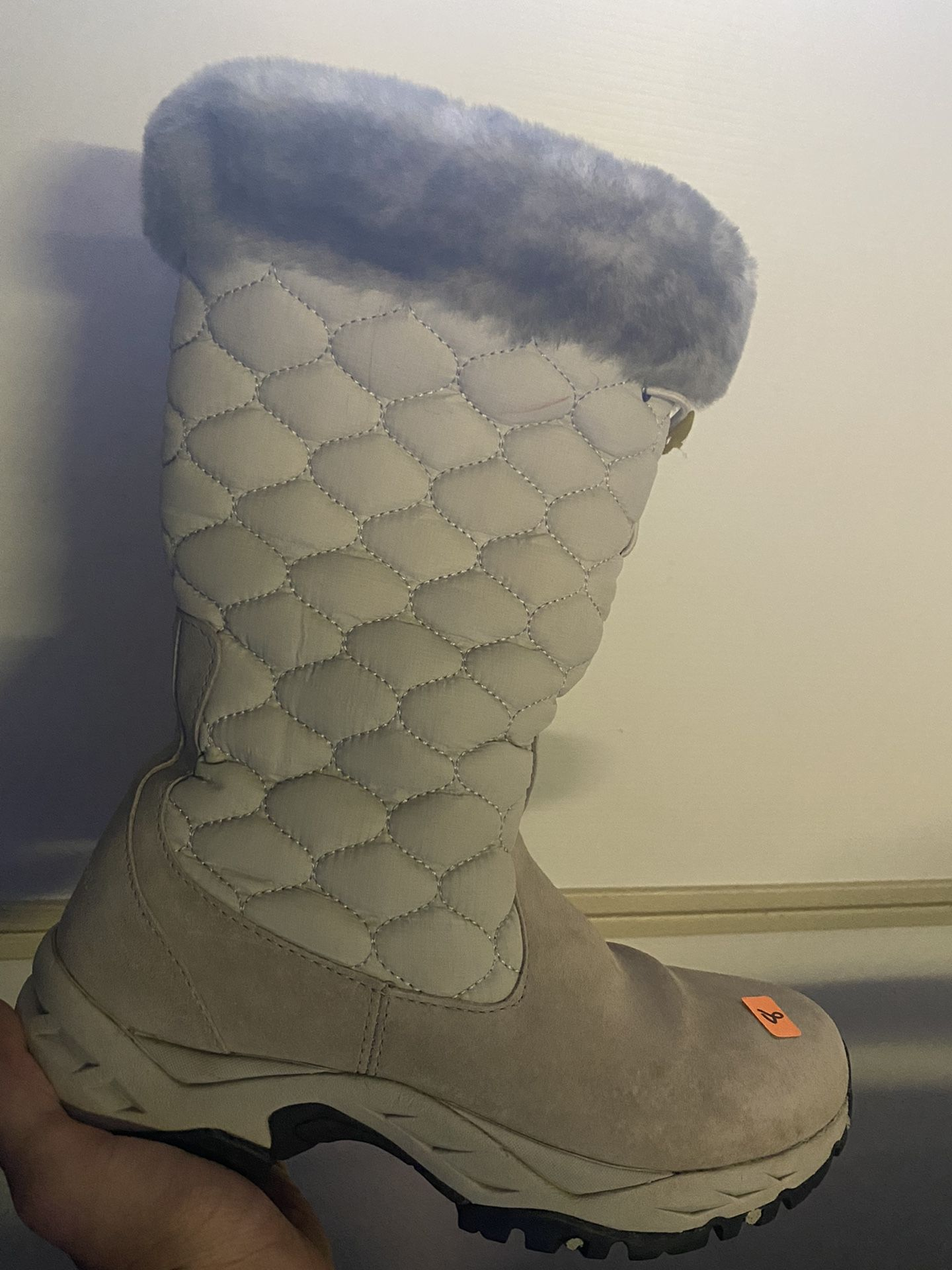 Snow Boots Size 8