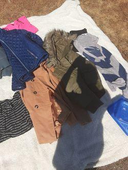 Womens Clothes $3 , $5, $7, $10 Thumbnail
