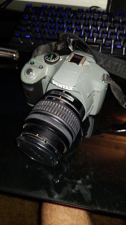 Pentax K-x 12mp dslr Thumbnail