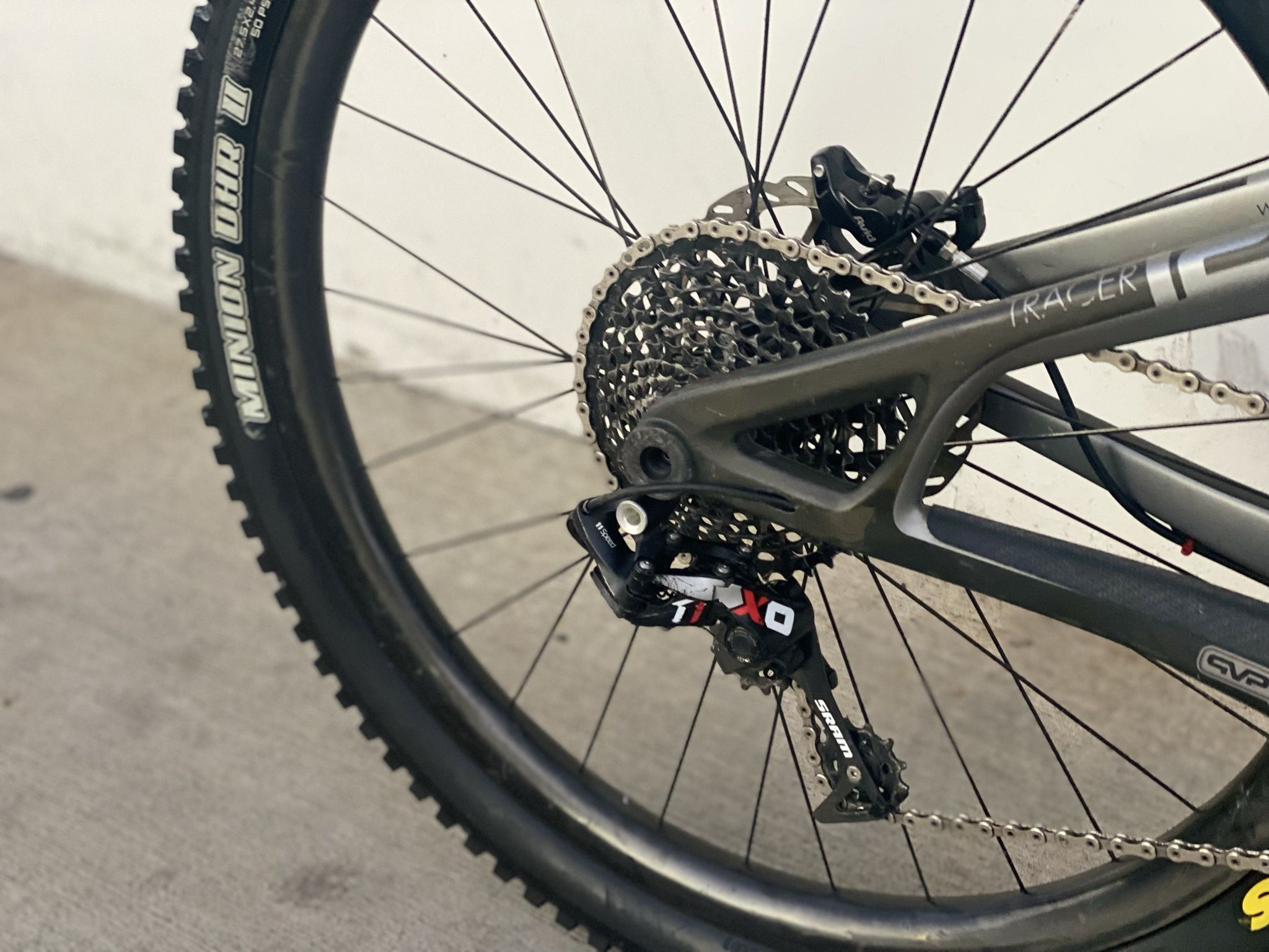 Intense Tracer T275 PRO (CARBON FRAME and WHEELS). SRAM XO 1*11 Speed. Carbon ENVE Wheelset 27.5. M-size.
