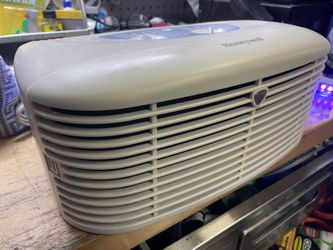 Honeywell air purifier unit  Thumbnail