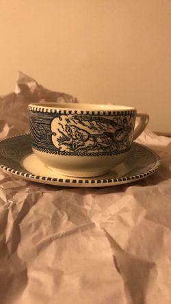 Tea cup and saucer Thumbnail