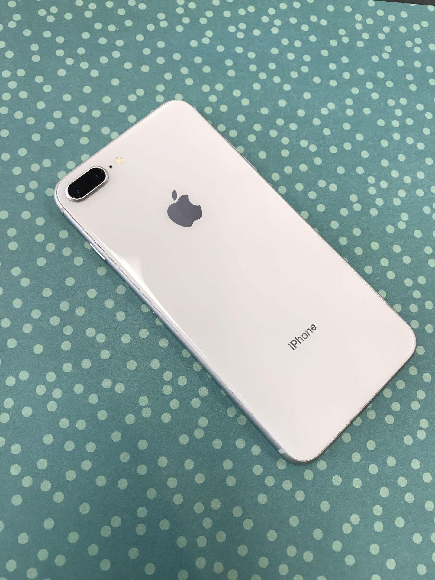 iPhone 8 Plus 64GB Unlocked Excellent Condition