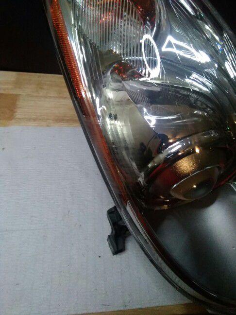 2013–2017 Infiniti Qx50 Halogen Headlight