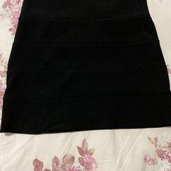Lightly Worn Black Pencil Skirt $4 Thumbnail