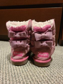 Ugg Boots/Slippers Size 1 Thumbnail