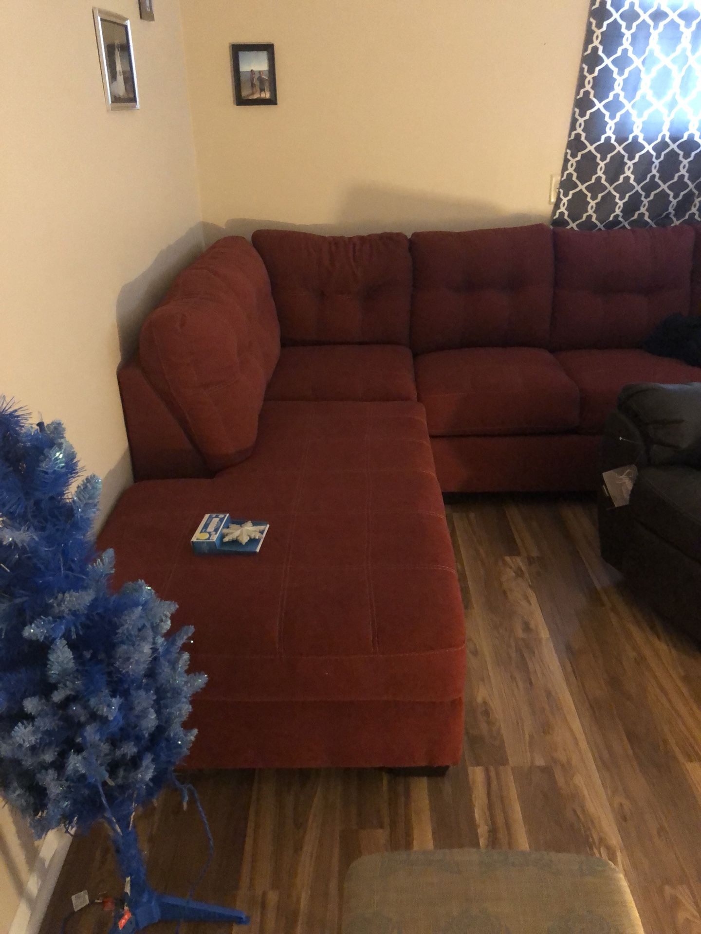 sienna sectional with RAF chase and full sleeper sofa like new! Need to sell this week!