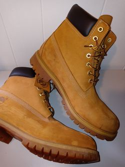 Timberland Waterproof Boots.  Men size 10.   Good Condition Thumbnail