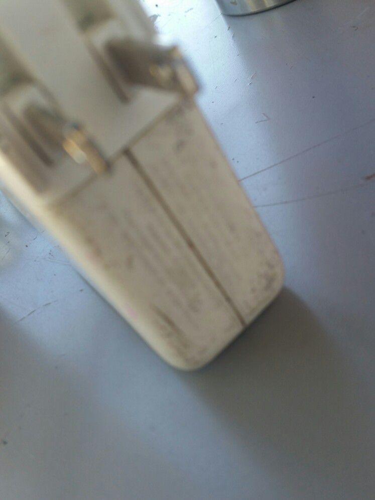 Apple Mac Book AC Adapter 60mag