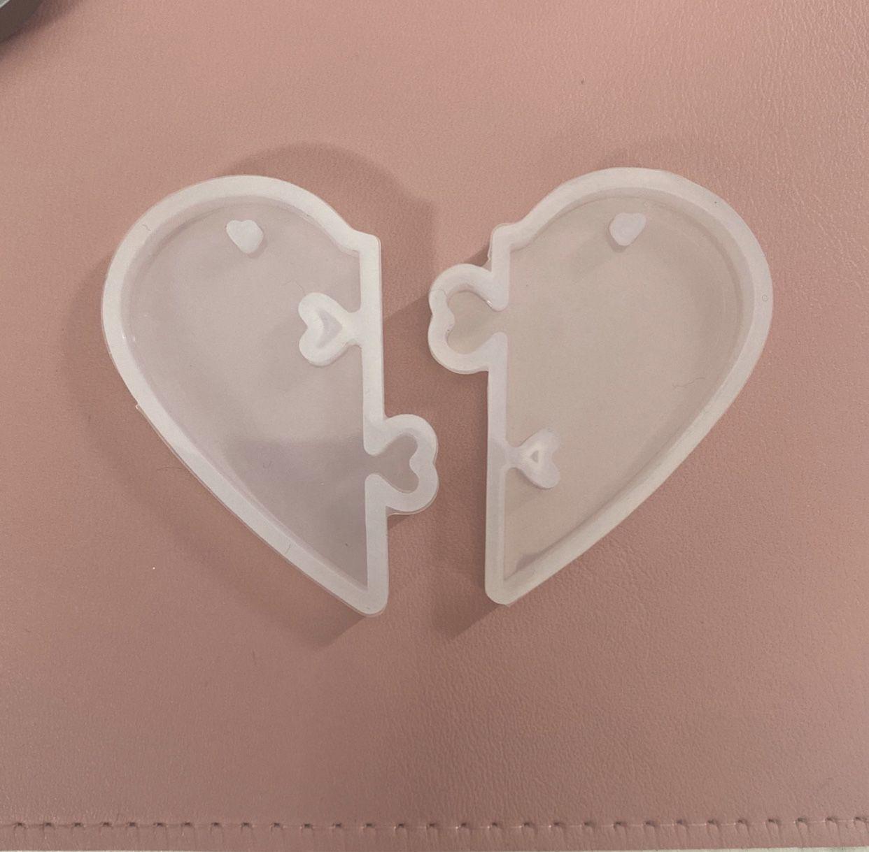 Locking Heart Silicone Keychain Molds (set of 2)