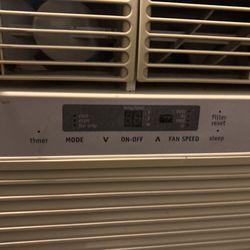 2500 BTU Frigidaire Air Conditioner  Thumbnail