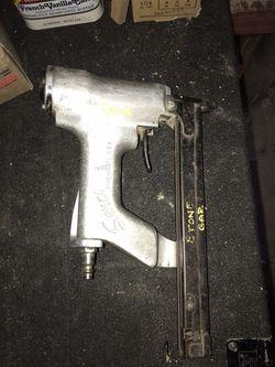 Senco pneumatic staple guns Thumbnail