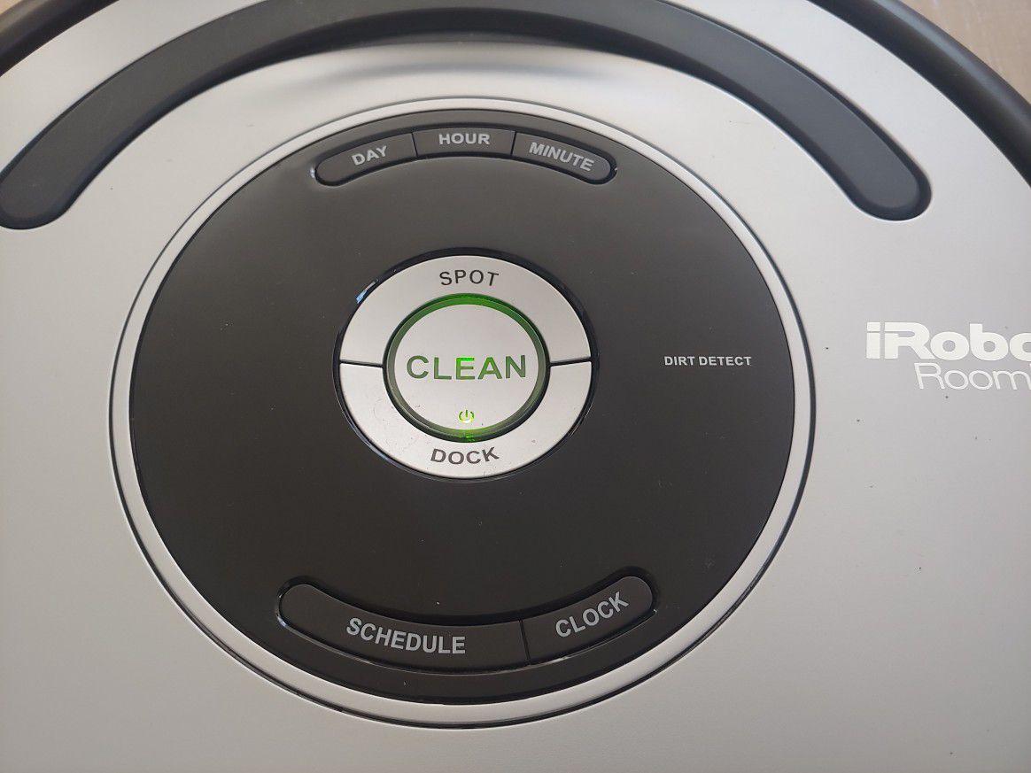 IRobot Roomba 677 Vacuum