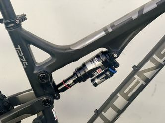 Intense Tracer T275 PRO (CARBON FRAME and WHEELS). SRAM XO 1*11 Speed. Carbon ENVE Wheelset 27.5. M-size. Thumbnail