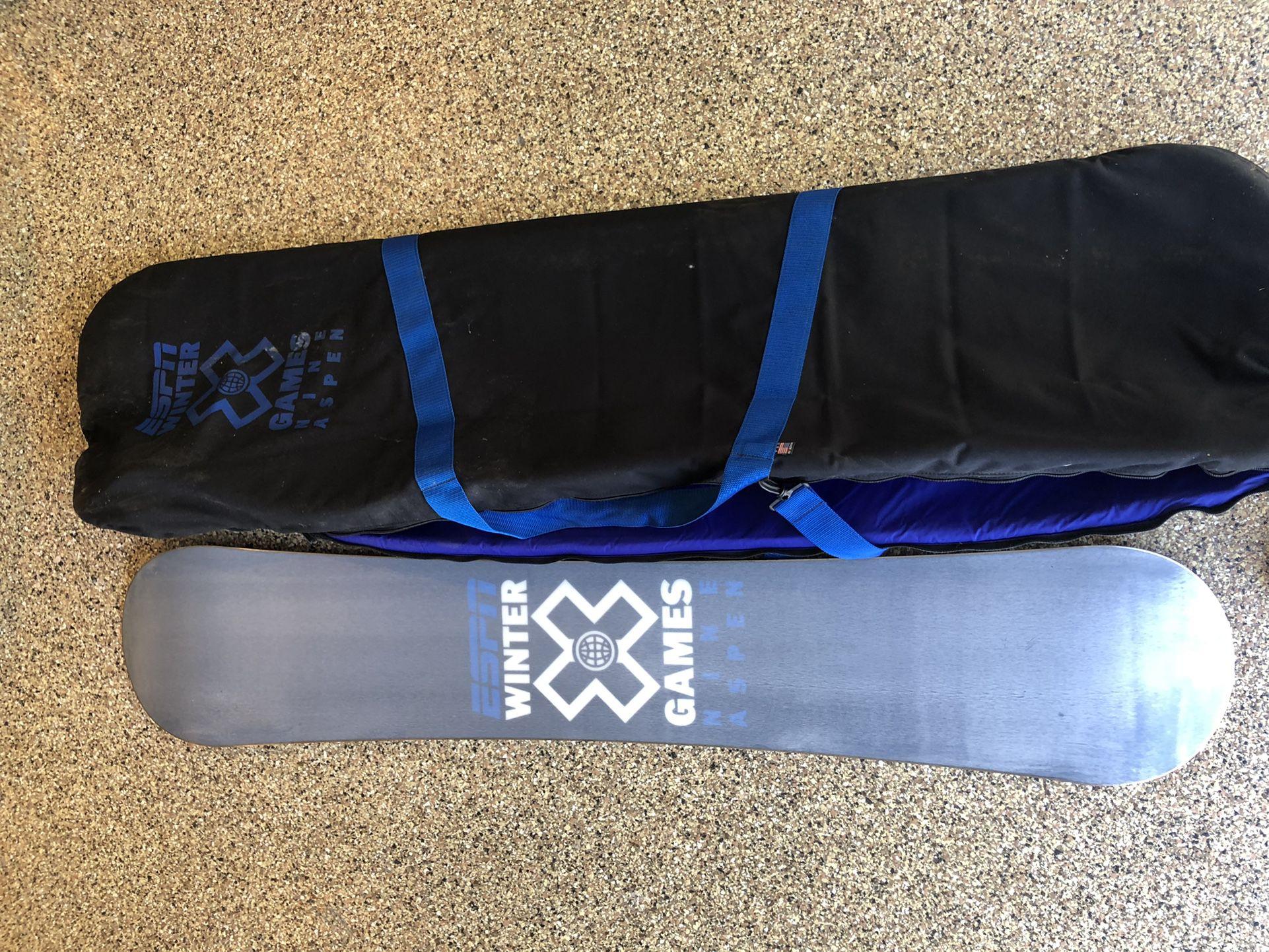 Xgames  snowboard collectors edition and bag