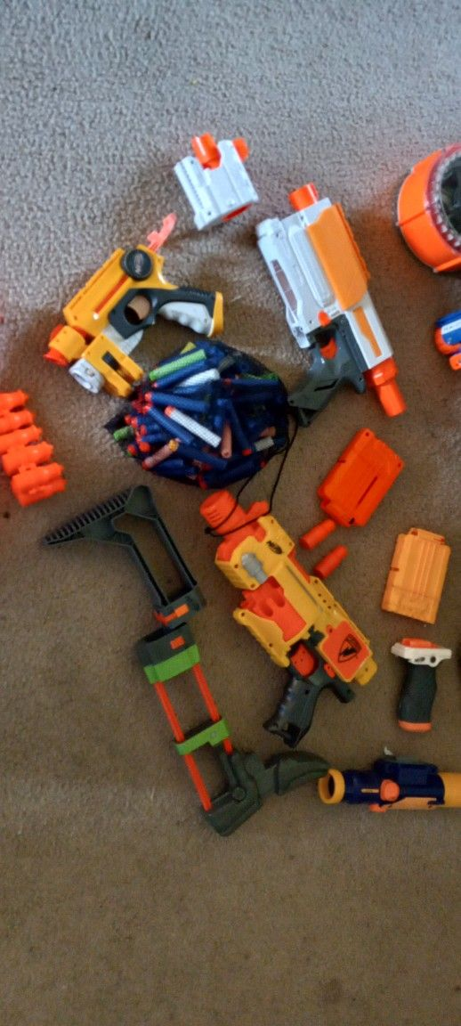 Old Nerf Guns, All For $25 Can Send More Pictures If Asked
