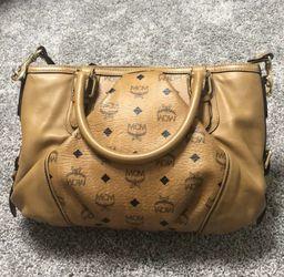 MCM authentic bag Thumbnail