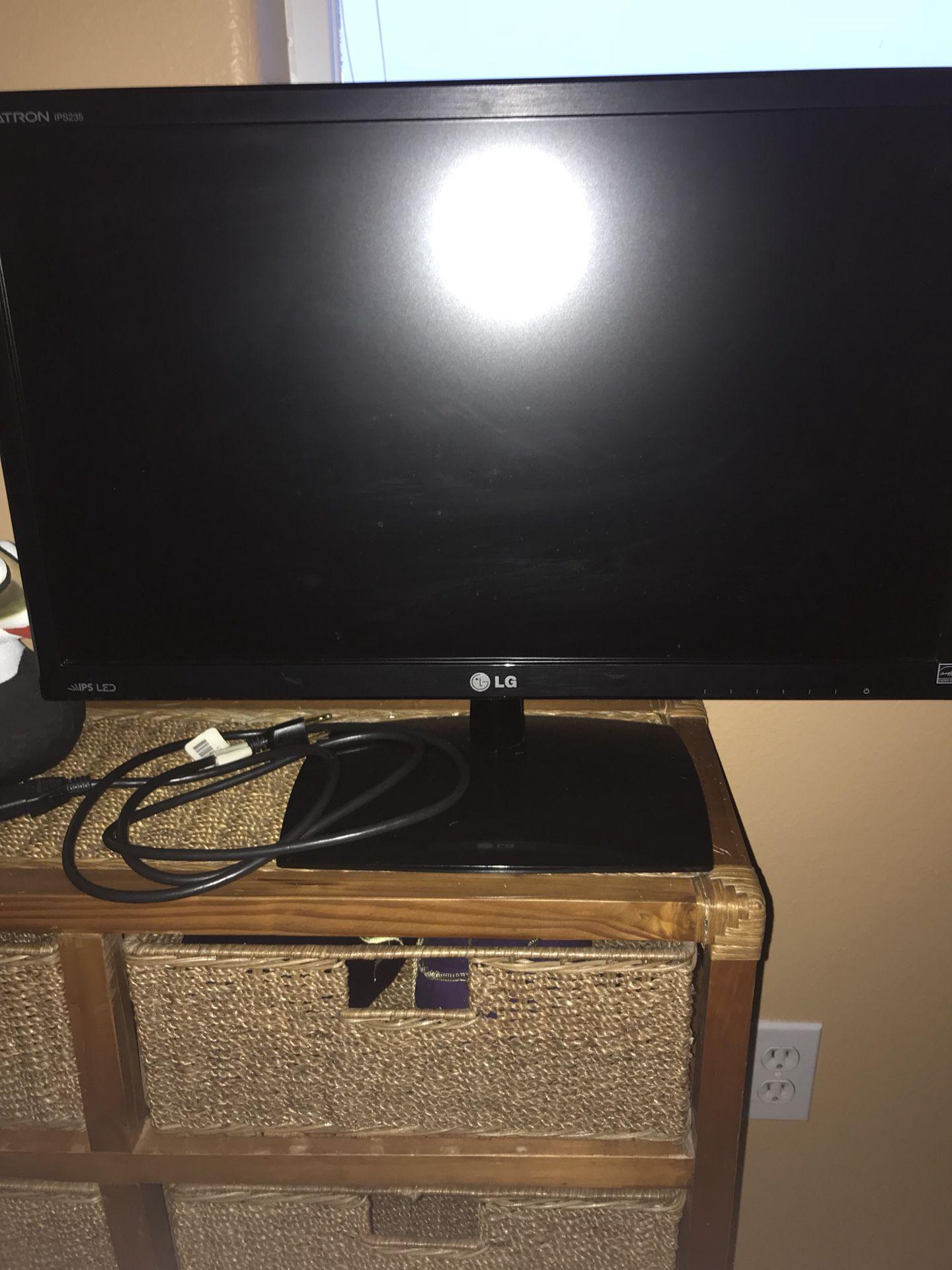 """LG Monitor 24"""""""