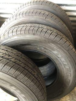 Bridgestone Dueler HT 245/75/17 year 2021 Thumbnail