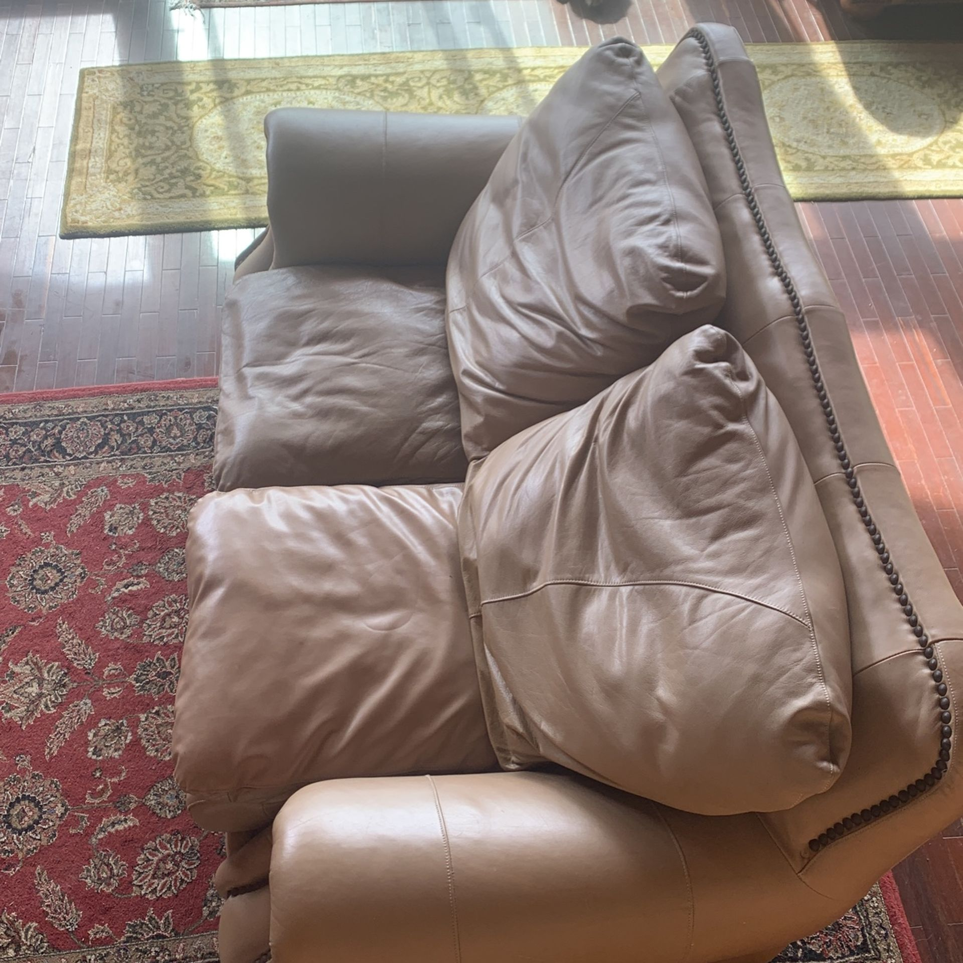Leather Heavy Duty Couch And Love Seat