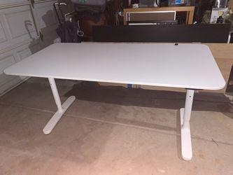 IKEA bekant Desk Thumbnail