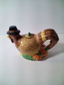 A Very Cute Turkey Tea Pot . Thumbnail
