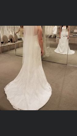 NEW beautiful Ivory wedding dress size 10 Thumbnail