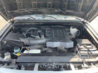 2011 Toyota FJ Cruiser Thumbnail