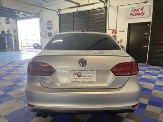 2014 Volkswagen Jetta Sedan Thumbnail