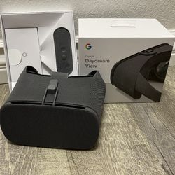 Google Daydream View Mobile VR Headset - New In Box  Thumbnail