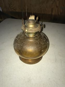 Vintage hurricane lamp Thumbnail