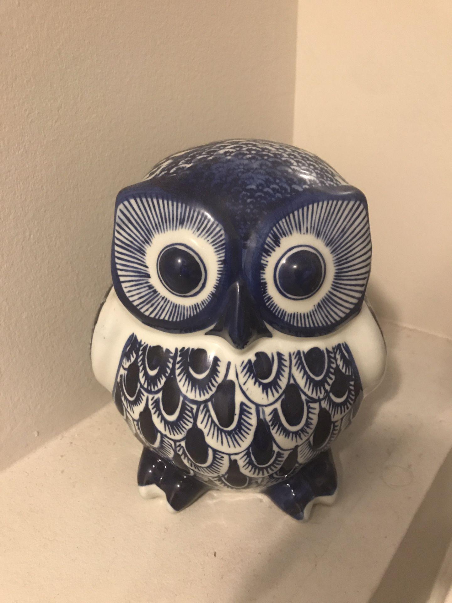 Owl decorative