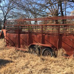 Solid steel gooseneck cattle trailer. $3500 obo Thumbnail