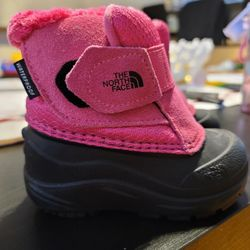 Girls Snow Boots Thumbnail
