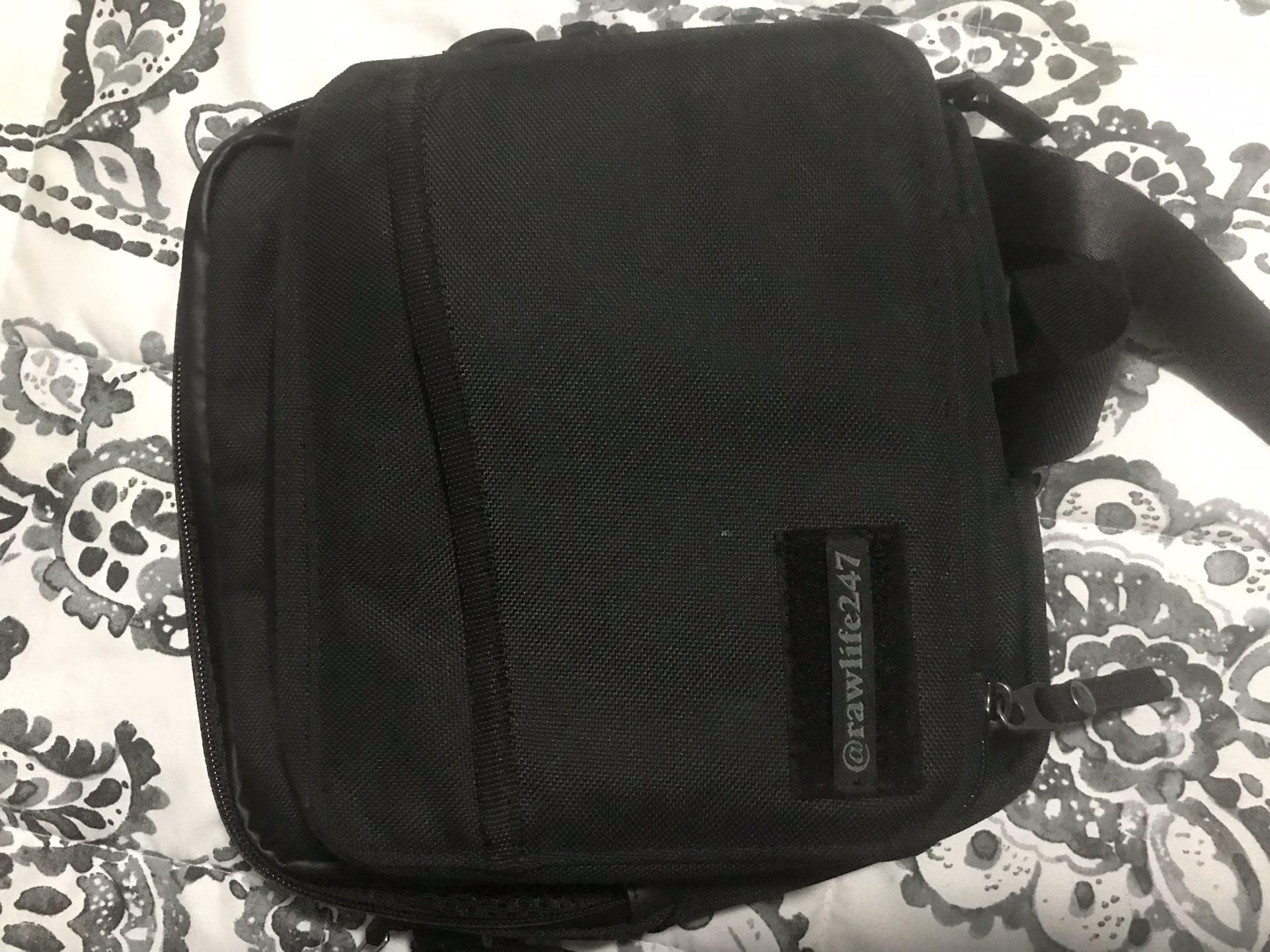 BRAND NEW RAW BAG