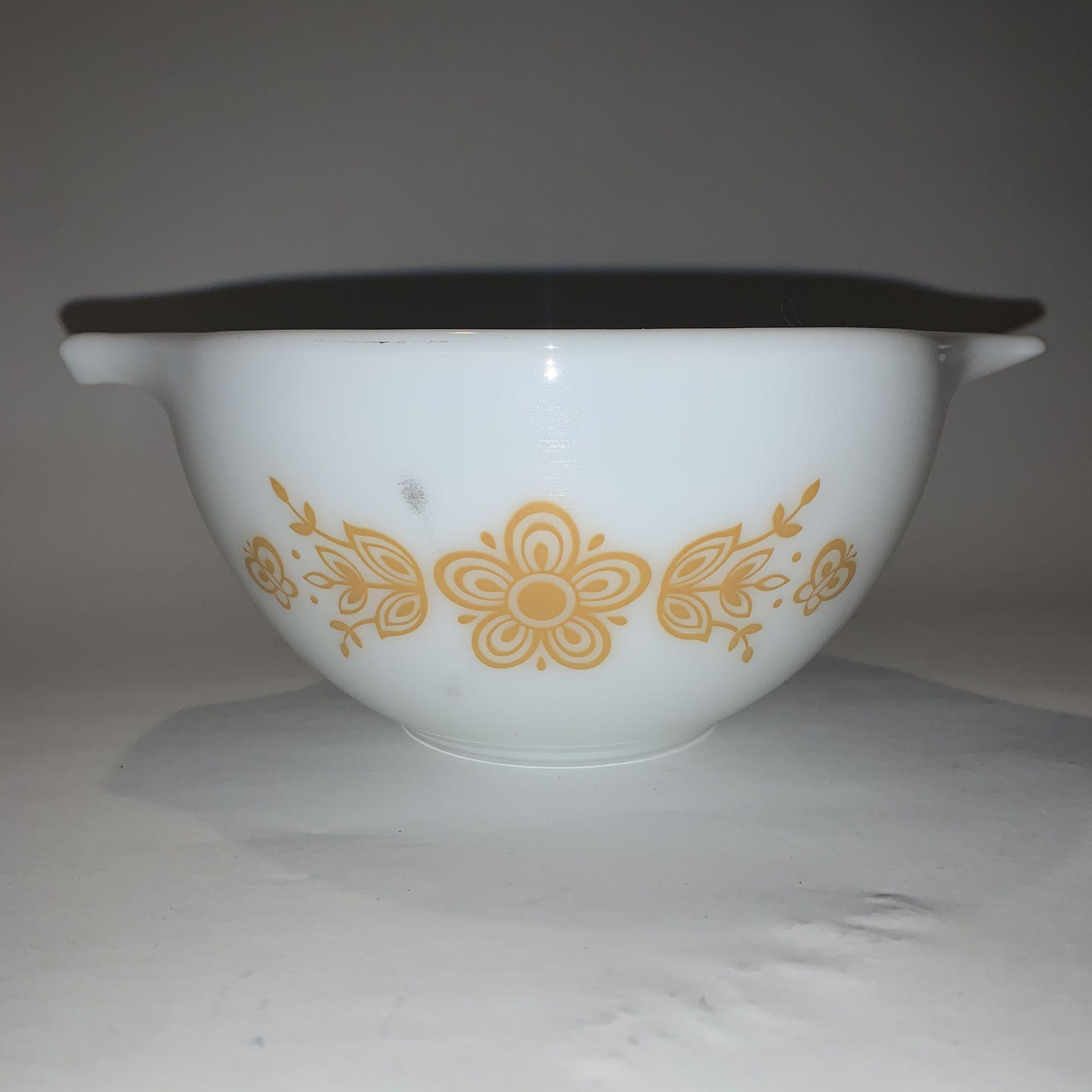 Vintage PYREX BUTTERFLY GOLD Nesting Bowl White #443 750 ml