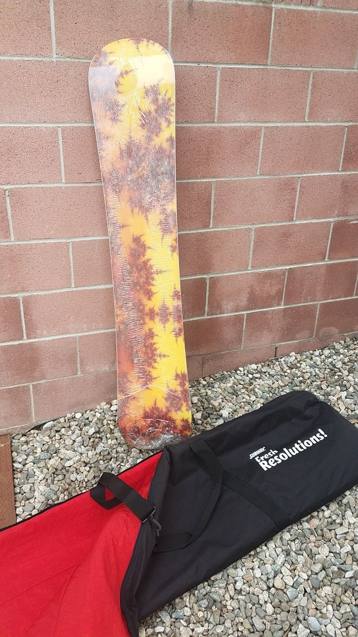 Brand New Snowboard with bag