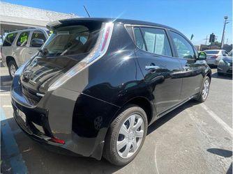 2015 Nissan LEAF Thumbnail