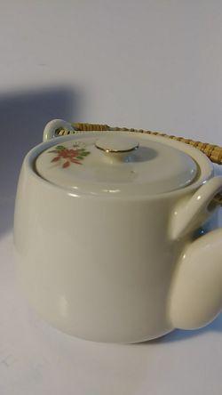 VINTAGE TEA POTS Thumbnail