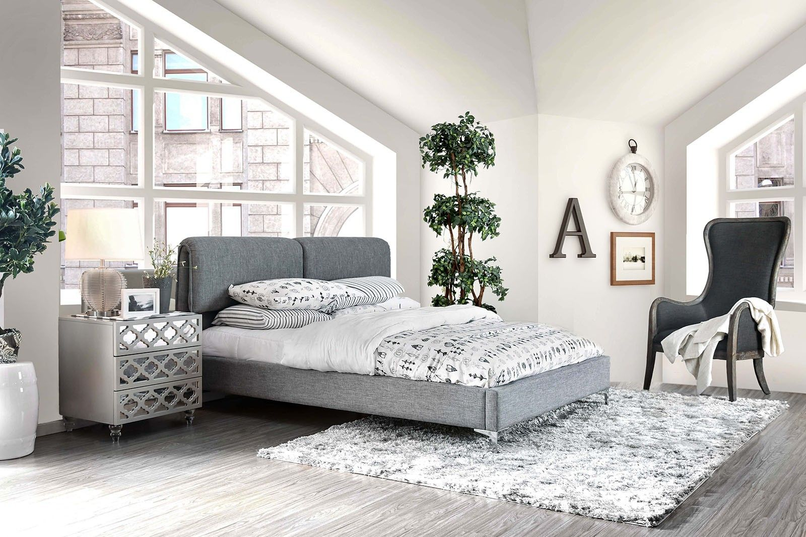 QUEEN SIZE BED (BRAND NEW)(((MATTRESS NOT INCLUDED)))