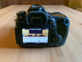 Canon 70D DSLR Camera + Extras Thumbnail