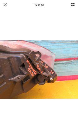 2015 2016 2017 TOYOTA CAMRY LEFT DRIVER SIDE HEADLIGHT OEM Thumbnail